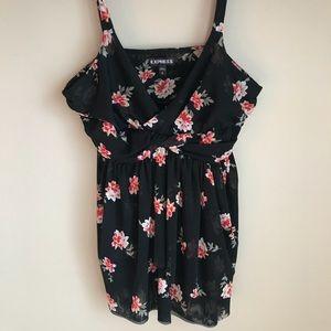 🆕 EXPRESS babydoll floral top